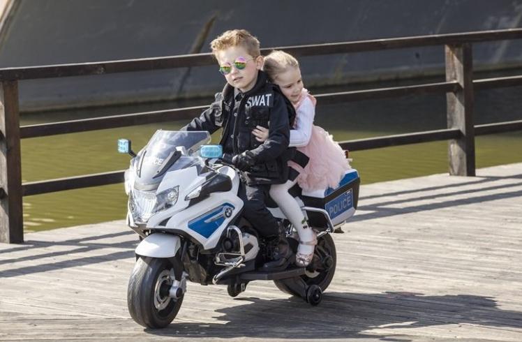 moto-electrica-para-ninos-12v-moto-electrica-de-policia-r1200-licencia-oficial-niños