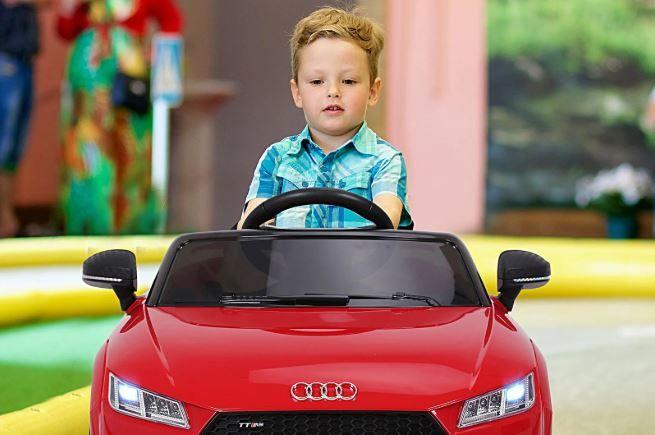donde-encontrar-coches-electricos-para-ninos-a-buen-precio-y-calidad