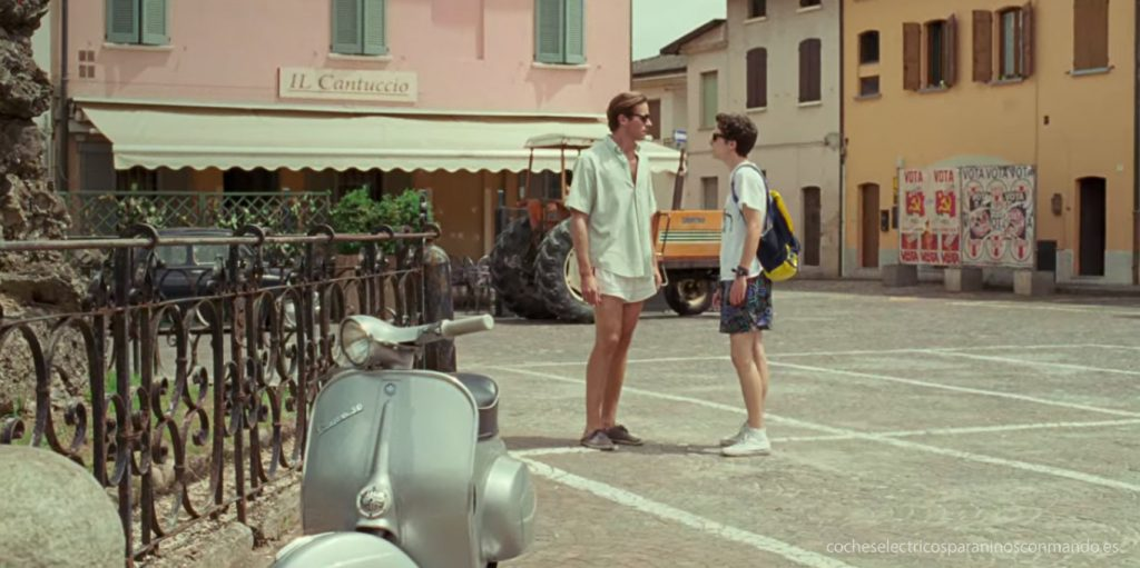 call-me-by-your-name-pelicula-vespa-armie-hammer-timothee-chalamet